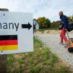 Немецкие полицейские не нашли пятерых азербайджанцев, имена которых были включены в список подлежащих депортации лиц