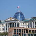 В Грузии оппозиция подписала соглашение по выходу из кризиса