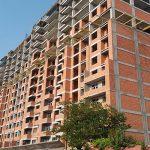 Рынок недвижимости погрузился в кризис, а цены не могут нащупать дно
