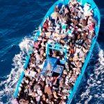 Во Франции спасли 45 мигрантов, пытавшихся пересечь Ла-Манш на лодке