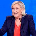 Марин Ле Пен предложила способ прекратить протесты во Франции