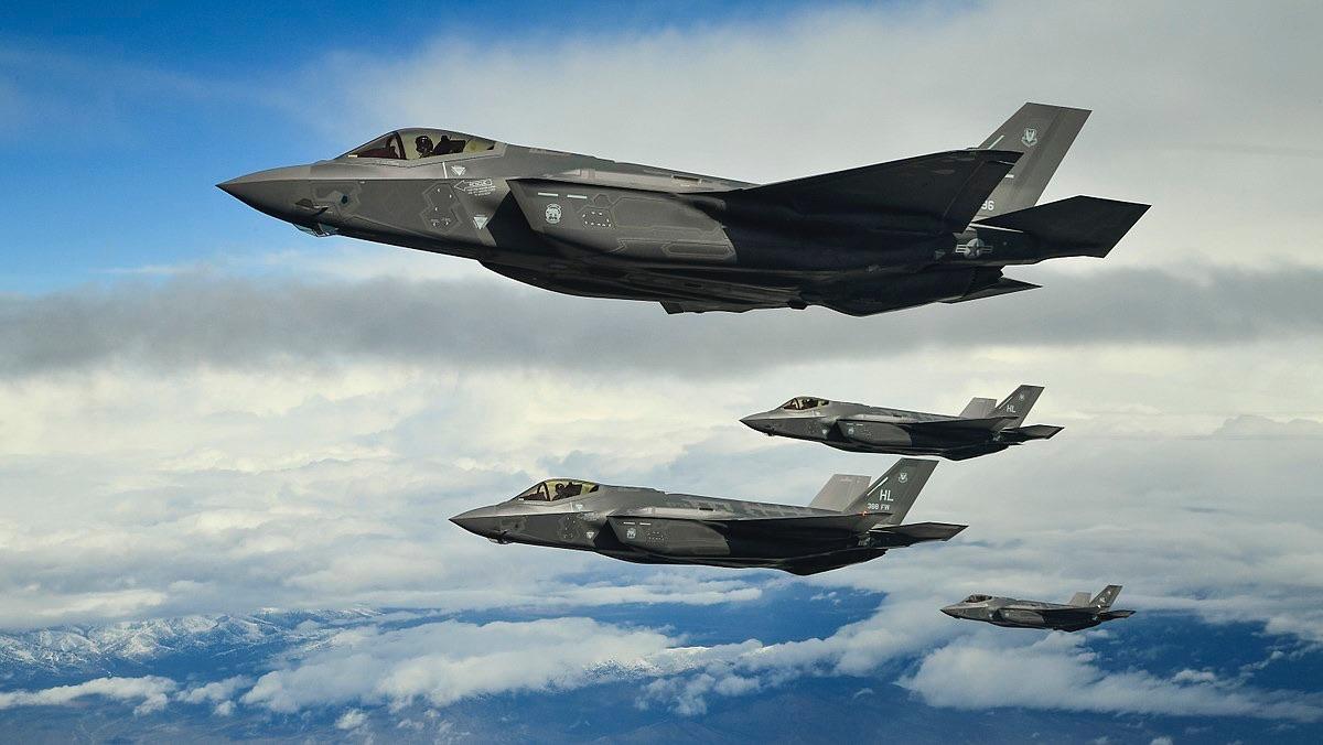 ОАЭ подписали с США соглашение о поставках 50 истребителей F-35