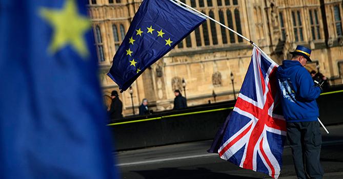 Великобритания вложит около $900 млн в пограничную инфраструктуру в связи с Brexit