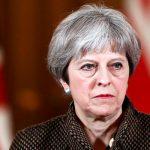 В Британии могут начать процедуру отстранения Терезы Мэй от власти