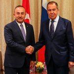Министры обороны Турции и России обсудили ситуацию в Сирии