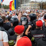 Полиция разогнала митингующих в центре Кишинева
