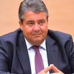 Бывший министр иностранных дел Германии подверг критике политику Трампа в отношении Турции