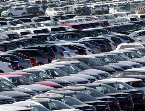 Импорт автомобилей падает, цены – растут