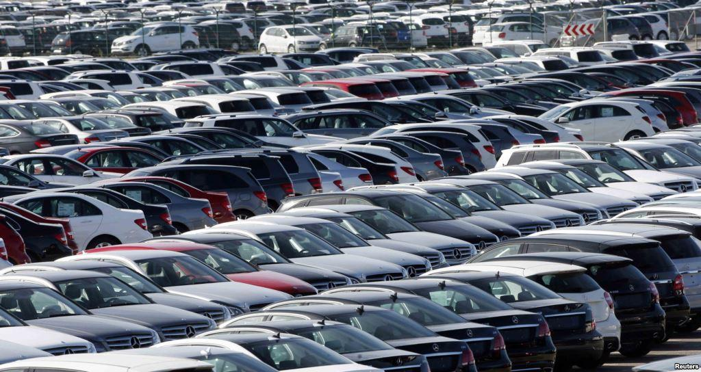Азербайджан увеличил импорт гибридных автомобилей