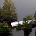 «Флоренс» не сдается и угрожает новыми наводнениями