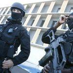 Во Франции персонал 18 тюрем объявил забастовку