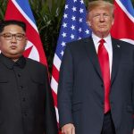"""Трамп в шутку заявил, что они с Ким Чен Ыном """"влюбились друг в друга"""""""