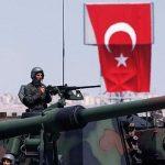 Турция начала стягивать военную технику на границу с Сирией