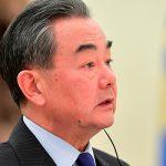Китай обвинил США в наглом вмешательстве во внутренние дела других стран