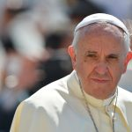 Папа Римский извинился перед молодежью