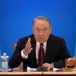 Назарбаев грозится заменить своих министров на иностранцев