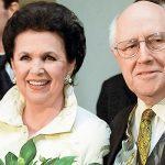 Личные вещи Ростроповича и его супруги выставят на торги