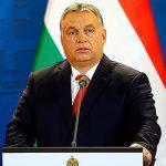 Премьер Венгрии отказался проводить жесткую линию в отношении России - газета
