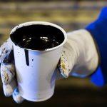 ОПЕК+ планирует сократить добычу нефти