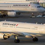 Два самолета столкнулись в парижском аэропорту