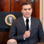 Белый дом выступил в защиту своего решения лишить журналиста CNN аккредитации