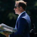 Белый дом покидает один из ближайших помощников президента