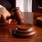 В Баку обвиняемая в получении взяток директор детсада арестована в зале суда