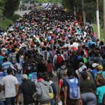 Караван мигрантов направился с юга Мексики к границе США