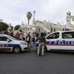 Во Франции бездомная облила кислотой шесть посетителей кафе