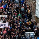 Отставку премьер-министра требовали демонстранты в Чехии