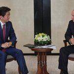 Абэ пообещал Путину не размещать на них базы США