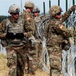 Американские военные смогут стрелять на поражение на границе с Мексикой