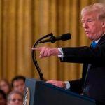 Корреспондента CNN лишили пропуска в Белый дом
