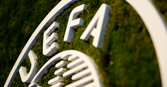 УЕФА рассматривает 3 даты возобновления чемпионатов