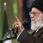 Аятолла Хаменеи назвал создание буферной зоны в Сирии опасным заговором США