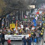 В Будапеште протестовали против нового «рабского закона»