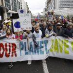 В Брюсселе прошла массовая демонстрацию в защиту климата