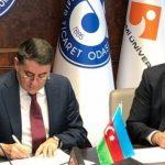 Между Азербайджаном и Турцией подписан протокол в области международных автомобильных перевозок