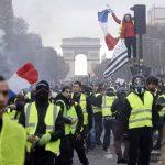 Число задержанных в ходе протестов «желтых жилетов» достигло 1726