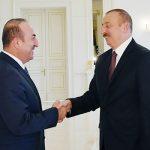 Президент Азербайджана Ильхам Алиев принял главу МИД Турции