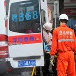 В Китае неизвестный мужчина угнал автобус и въехал в толпу
