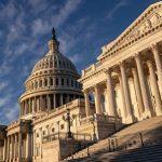 Демократы пообещали «открыть» правительство США в январе