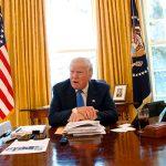 Трамп скучает в Белом Доме