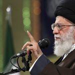 """Духовный лидер Ирана считает, что """"сделка века"""" умрет раньше самого Трампа"""