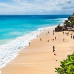 Бали закроют для иностранных туристов до конца года