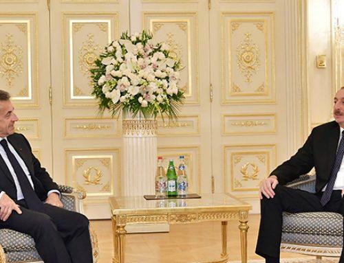 Словесная перепалка и неожиданный визит Саркози