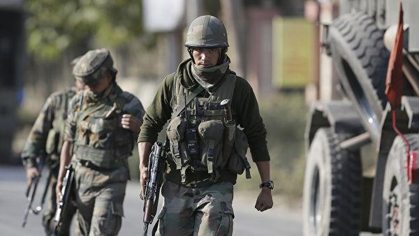 Индия не видит необходимости посредничества США в конфликте вокруг Кашмира