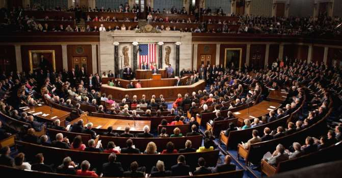 В Сенате США хотят ограничить полномочия президента