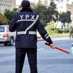 В Баку ограничено движение транспорта на ряде дорог