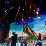 «Я вас не слышу, но вижу»: триумфальный концерт Макса Фадеева в Баку и награда от министра